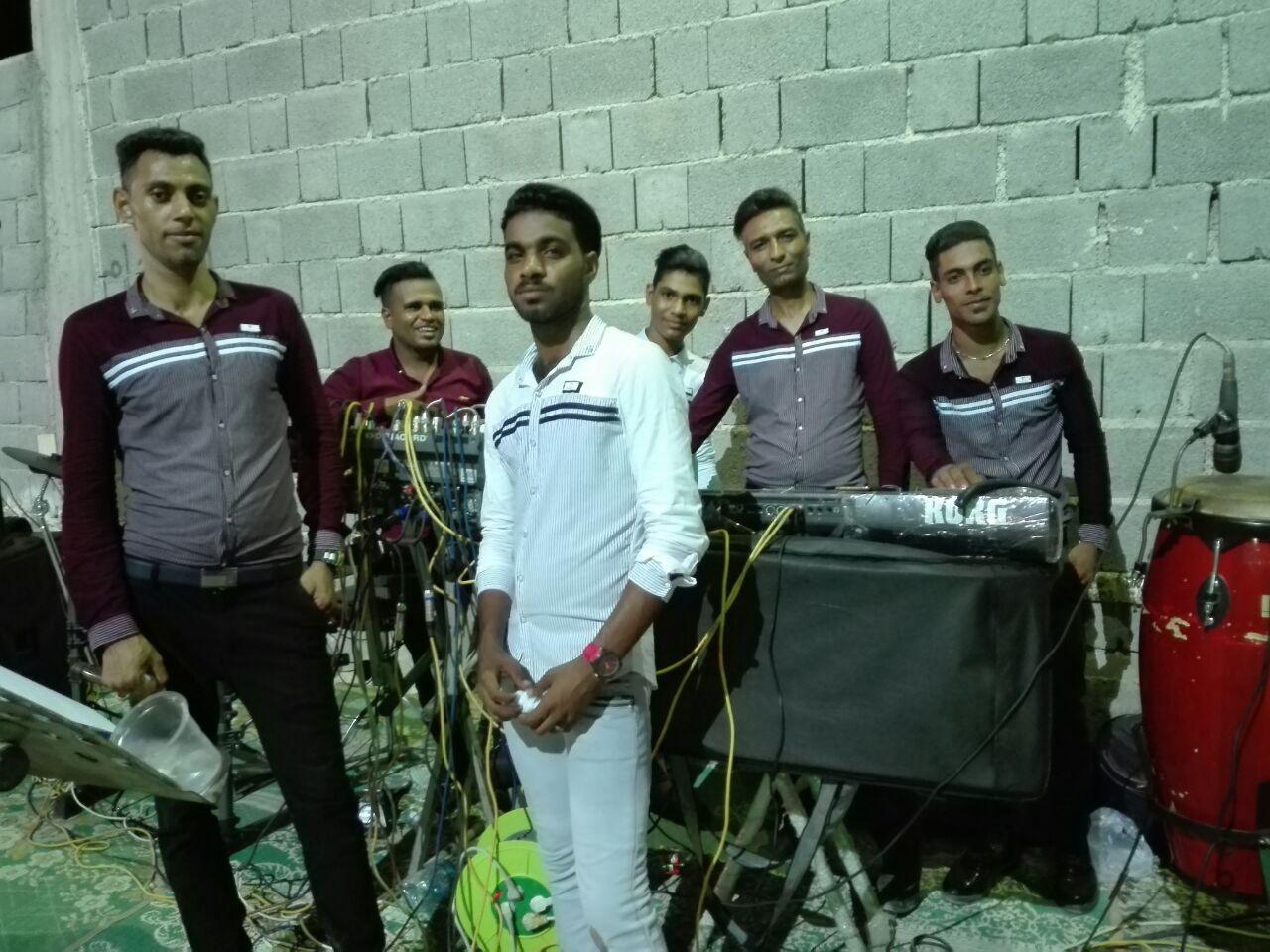 حسن و حسین رحیمی آهنگ جدید اجرای زنده و بسیار زیبا و شنیدنی  بصورت حفله